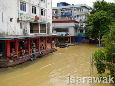 Foochow Lane in Water